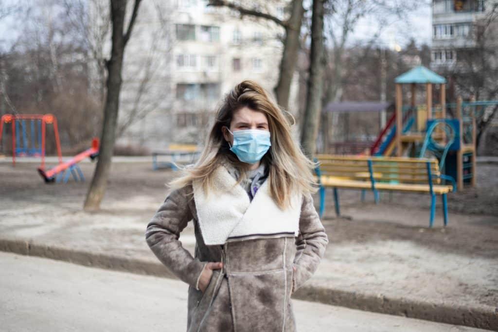 woman-wearing-face-mask-3869389